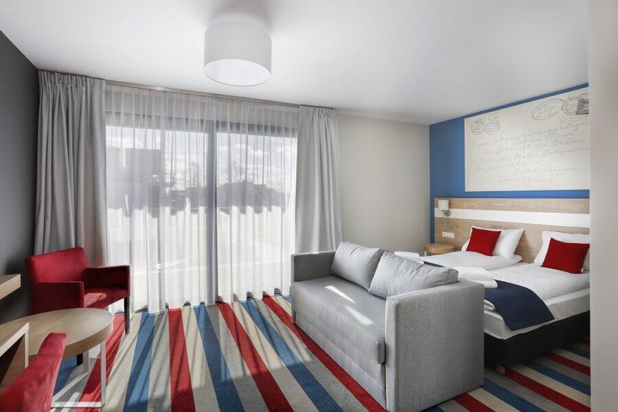 marynistyczny_wystroj_pokoi_hotelowych