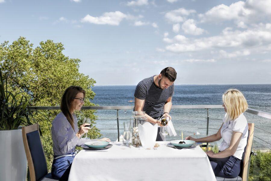 restauracja nad morzem