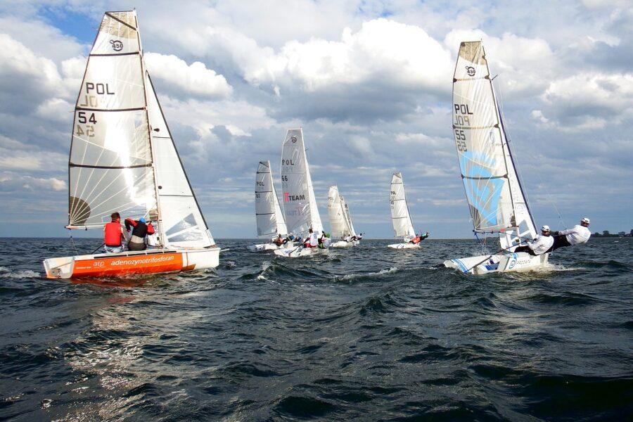 regaty_na_zatoce_yacht_club_rewa